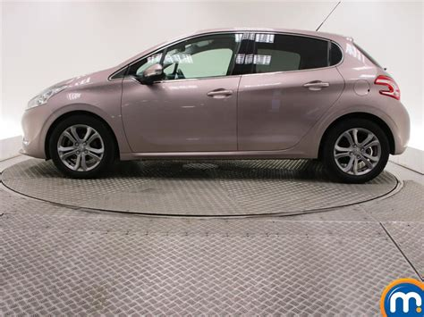 peugeot pink used or nearly peugeot 208 1 6 e hdi 5dr pink