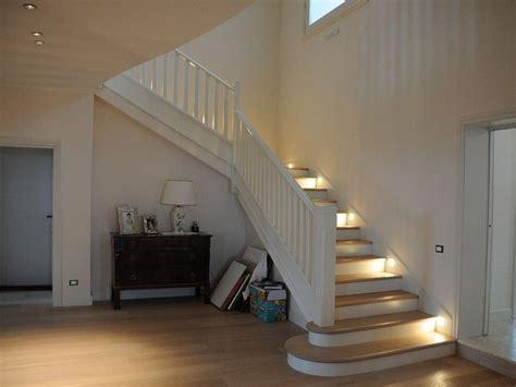 ringhiere per scale interne in legno oltre 25 fantastiche idee su ringhiere delle scale in