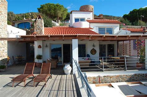 isola giglio appartamenti villa delfi locazione appartamenti all isola giglio