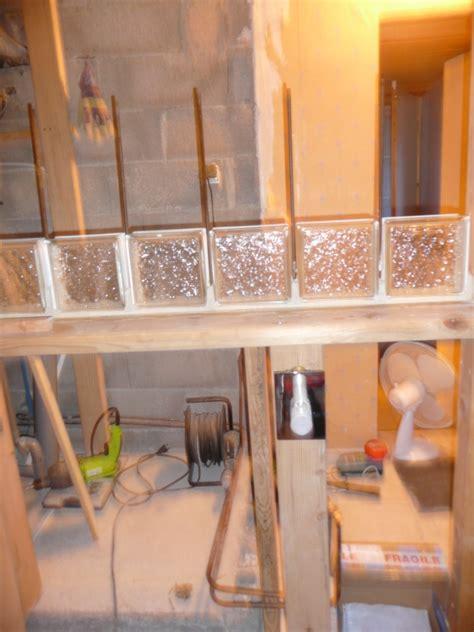 Modification Salle De Bain 3168 by 1er Rang De Briques De Verre Et Modification Plomberie Au