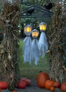 10 haunting lights for halloween