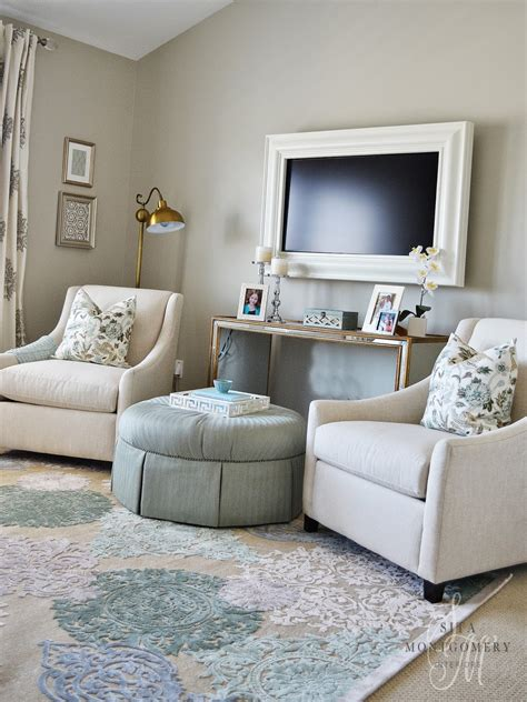 Living Room Tv Area Ideas This Sitting Area In A Master Bedroom Sita