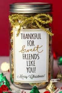 37 mason jar christmas crafts fun diy holiday craft projects