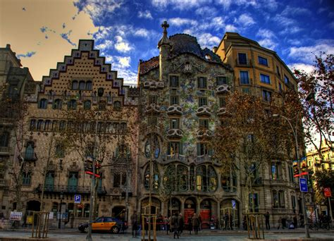 wallpaper barcelona travel guide city of barcelona spain full hd wallpaper and background