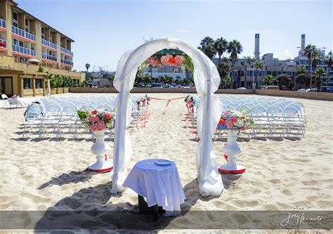 chart house in redondo redondo charthouse wedding los angeles robert and
