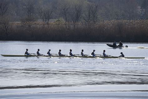 lake yale public boat r lightweight rowing to begin spring season with training