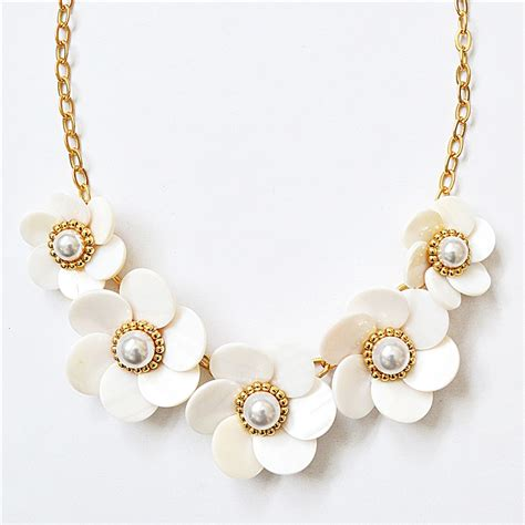 pearl flower necklace white collar necklace with pearl