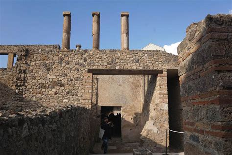 ancient houses restored and unveiled in pompeii nbc news