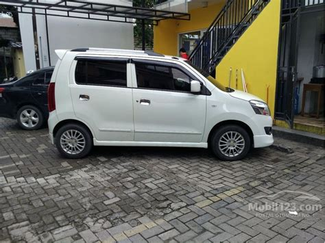 Kaca Spion Mobil Karimun Wagon R Jual Mobil Suzuki Karimun Wagon R 2014 Dilago Wagon R 1 0