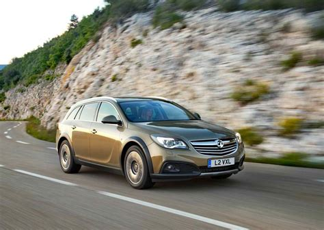 2014 vauxhall insignia country tourer price mpg