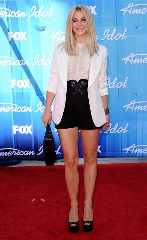 what shoes does julianne hough wear in safe haven julianne hough dress shorts julianne hough clothes looks