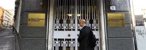 banca popolare di novara caserta colpo grosso della banda buco svuotata la banca in