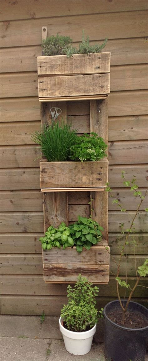 Next Garden Planters by Best 25 Pallet Planter Box Ideas On Single Wooden Beds Strawberry Planters Diy And