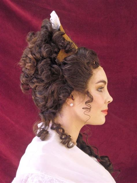 curling hair mistress fontange in the late 17th c and early 18th it became