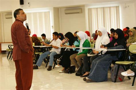 Komunikasi Profesional Perangkat Pengembangan Diri pelatihan sdm untuk pengembangan kepribadian dan