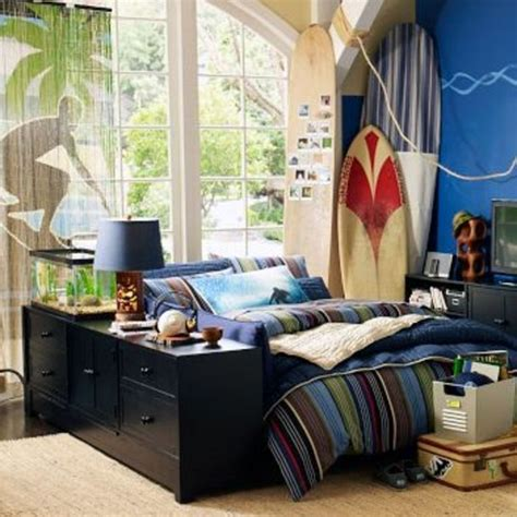 surf themed bedroom boys bedroom ideas surfer dude bedrooms and room