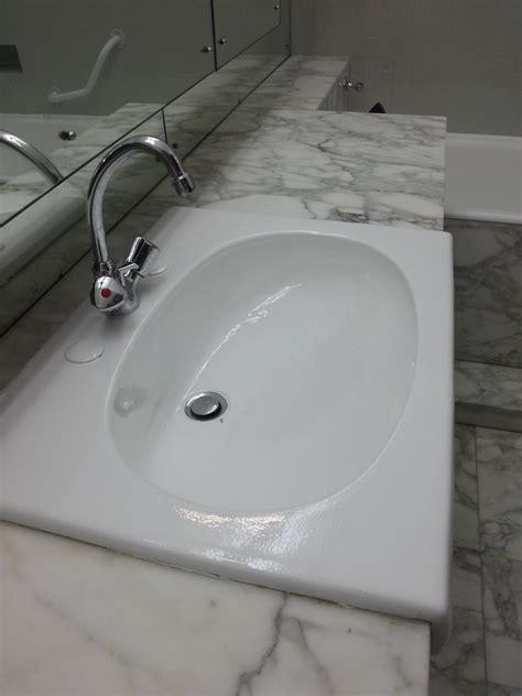 peinture resine pour baignoire peinture pour salle de bain baignoire lavabo