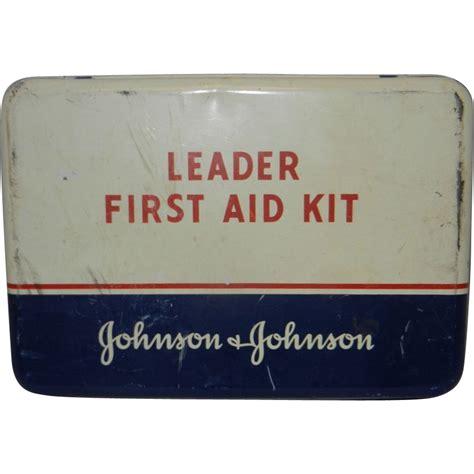 Shoo Johnson And Johnson vintage johnson johnson leader aid kit my