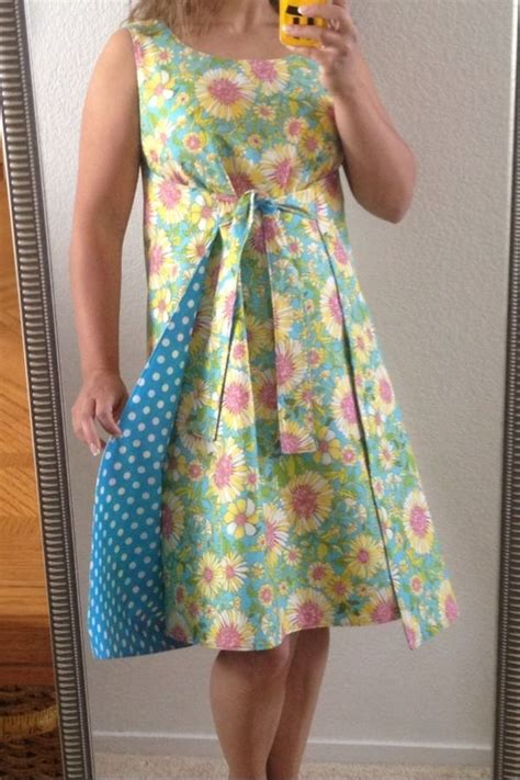dress pattern reviews simplicity misses jiffy reversible wrap dress 1356