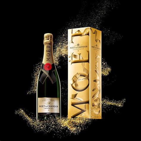 Change Moet Chandon mo 235 t chandon imperial box delivery in germany by giftsforeurope