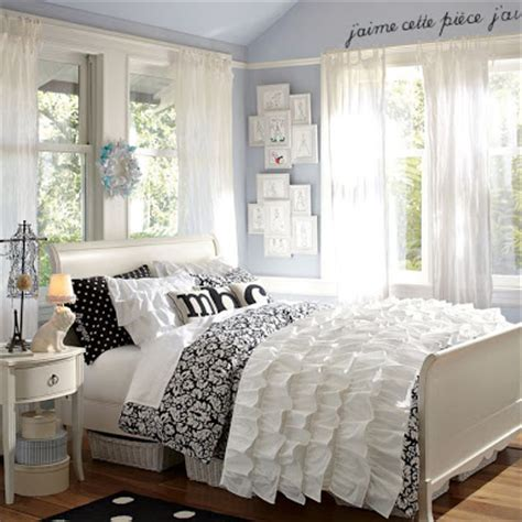 black and white themed bedroom home quotes stylish teen bedroom ideas for girls