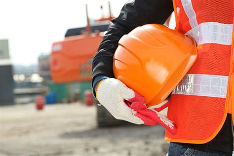 Industrial Safety Officer by 5 Workplace Safety Tips For New Employees