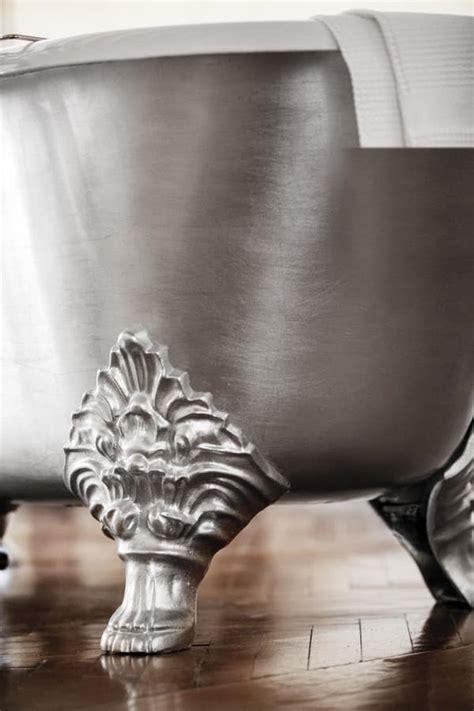 vasca da bagno con piedi vasca da bagno con piedi in ghisa stile classico idfdesign