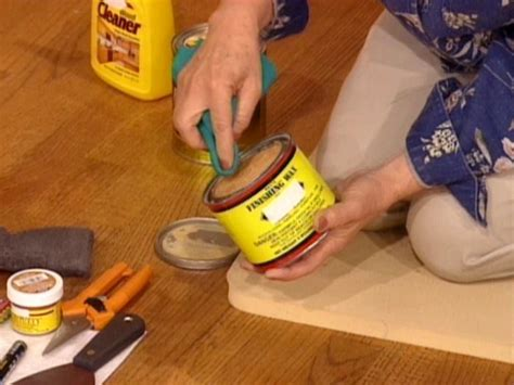 How to Touch Up Wood Floors   how tos   DIY
