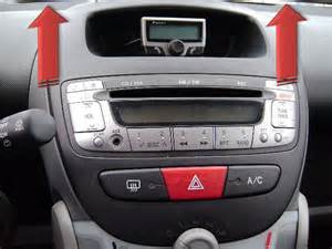 Peugeot 107 Radio Radiowechsel Peugeot 107 Einbauanleitung