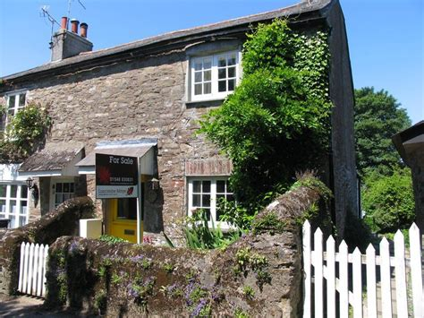 2 bedroom cottage for sale in kingston devon tq7