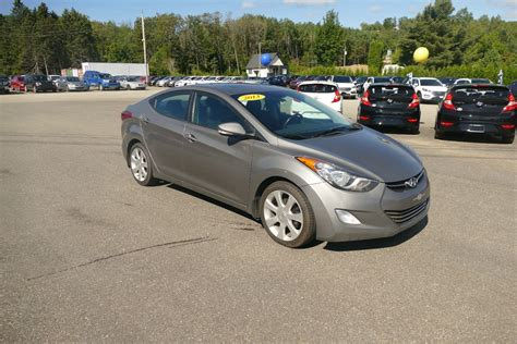 Used Hyundai Elantra by 2011 Hyundai Elantra Used Car Review Autotrader Autos Post