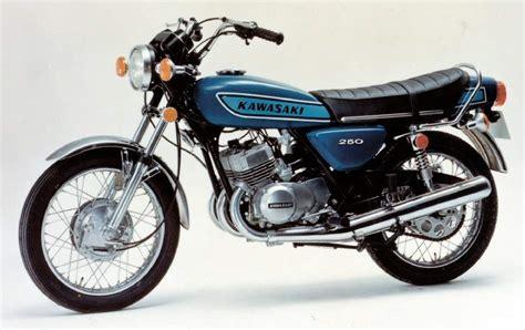 the 250cc suzuki will compete with the kawasaki ninja 300 and yamaha kawasaki s1 250