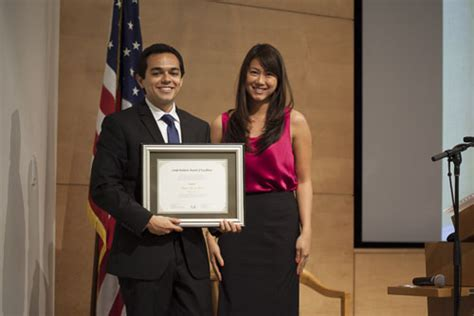 Ucla Riordan Mba by Mentored By The Mayor Riordan Programs Graduates Begin