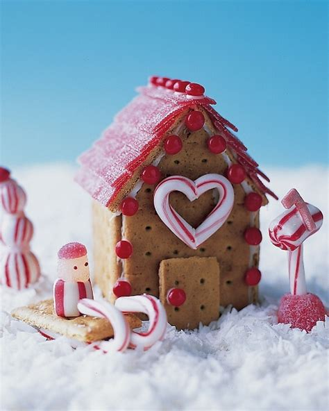 Gingerbread House With Graham Crackers by Cookie Cottages Graham Cracker Gingerbread