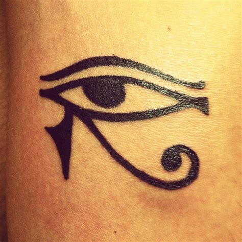 the eye of horus tattoo designs eye of horus