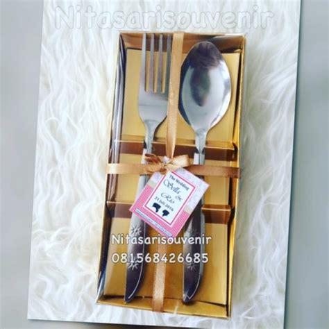 Souvenir Pernikahan Sendok Garpu Kecil sendok garpu box pita kecil