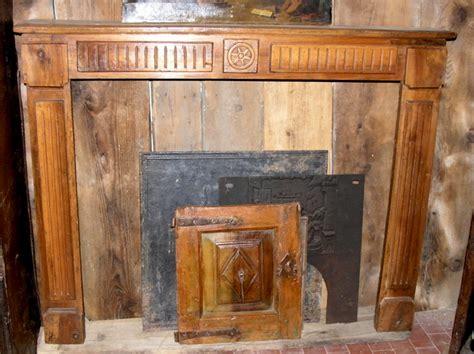 camino in legno camini in legno marro camini in pietra antichi a