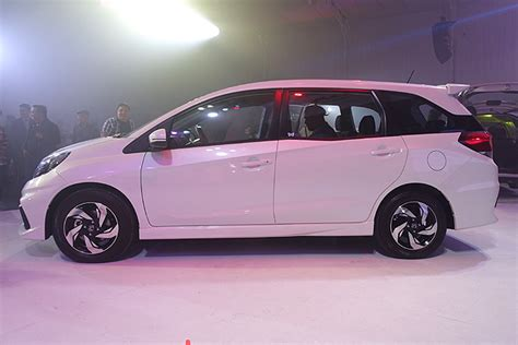 honda mobilio philippines 15 images honda mobilio small mpv inside and out