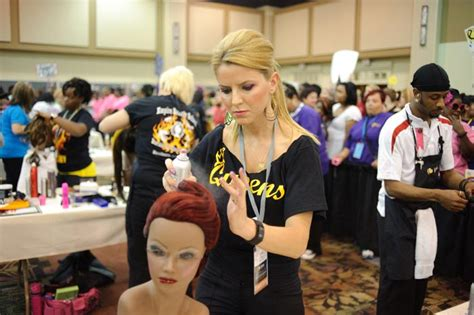 beautician cosmetology colleges and schools beauty school college informations