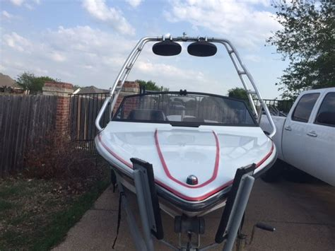 sanger dxii boats for sale sanger dxii barefooter 2001 for sale for 10 400 boats