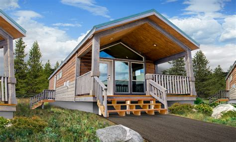 Explorer Cabin Yellowstone by Explorer Cabins Near Yellowstone National Park Offer