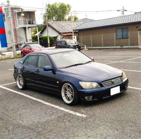 lexus is300 lowered toyota altezza lowered stance fitment lexus is300