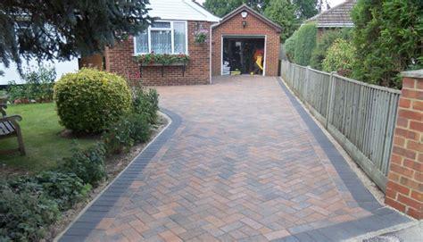 Decorative Bathroom Tile Borders - pavers driveway with border alongside garden