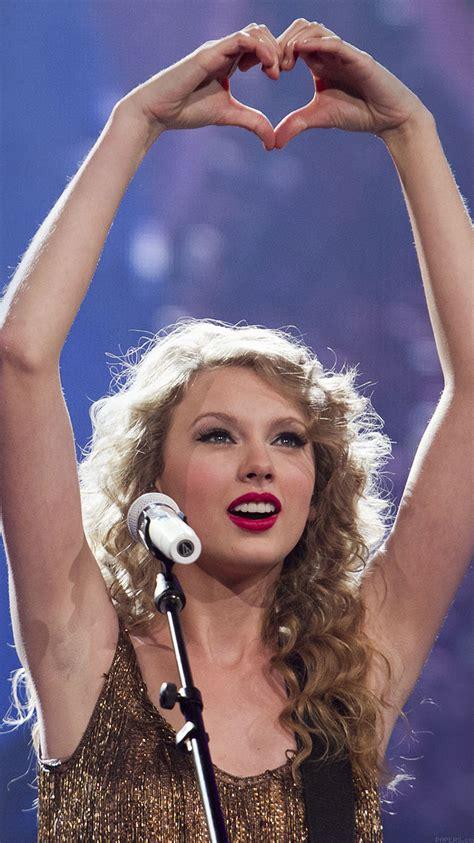 ha wallpaper taylor swift love concert  girl face