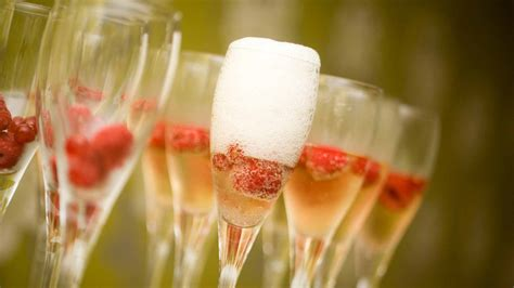 Wedding Appetizers On A Budget by 23 Cheap Wedding Reception Food Drink Menu Ideas On A Budget
