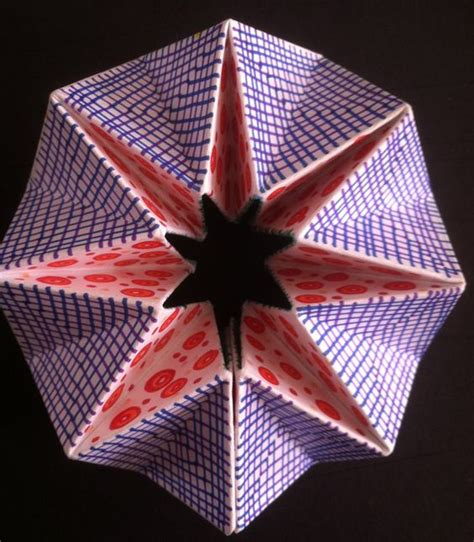Origami Flexagon - origami kaleidoscope and crafts for