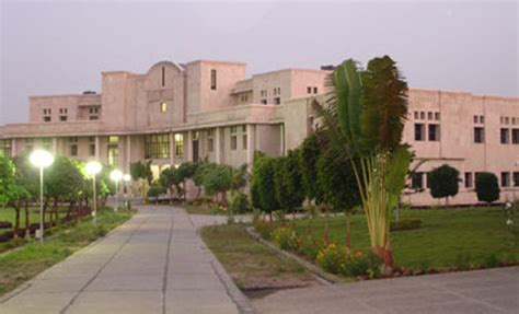 Iiit Allahabad Mba Cut by Iiit Allahabad Indian Institute Of Information Technology