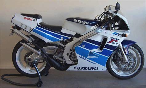 Suzuki Rgv 250 Specs 1988 Suzuki Rgv 250 Pics Specs And Information