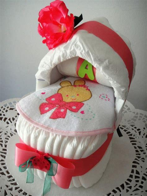 culla di pannolini culla di pannolini con maxi rosa idea regalo nascita