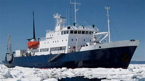 boat supplies near here cruise ship stuck in ice to wait another day for rescue